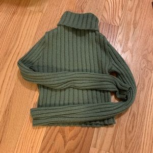 cute green cropped turtle neck